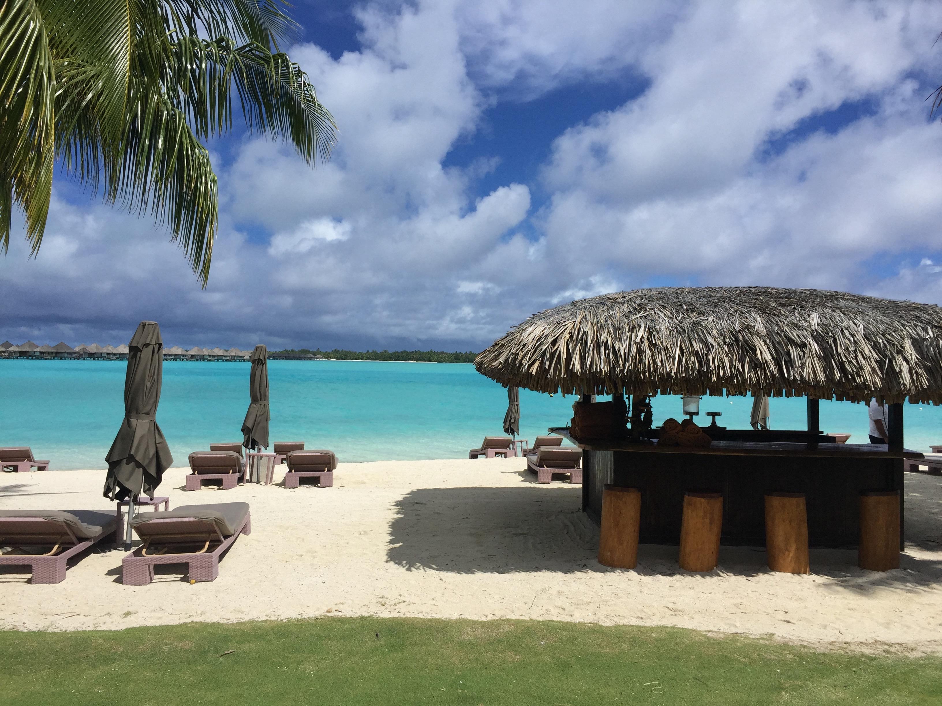 St Regis Bora Bora - Praia do St Regis
