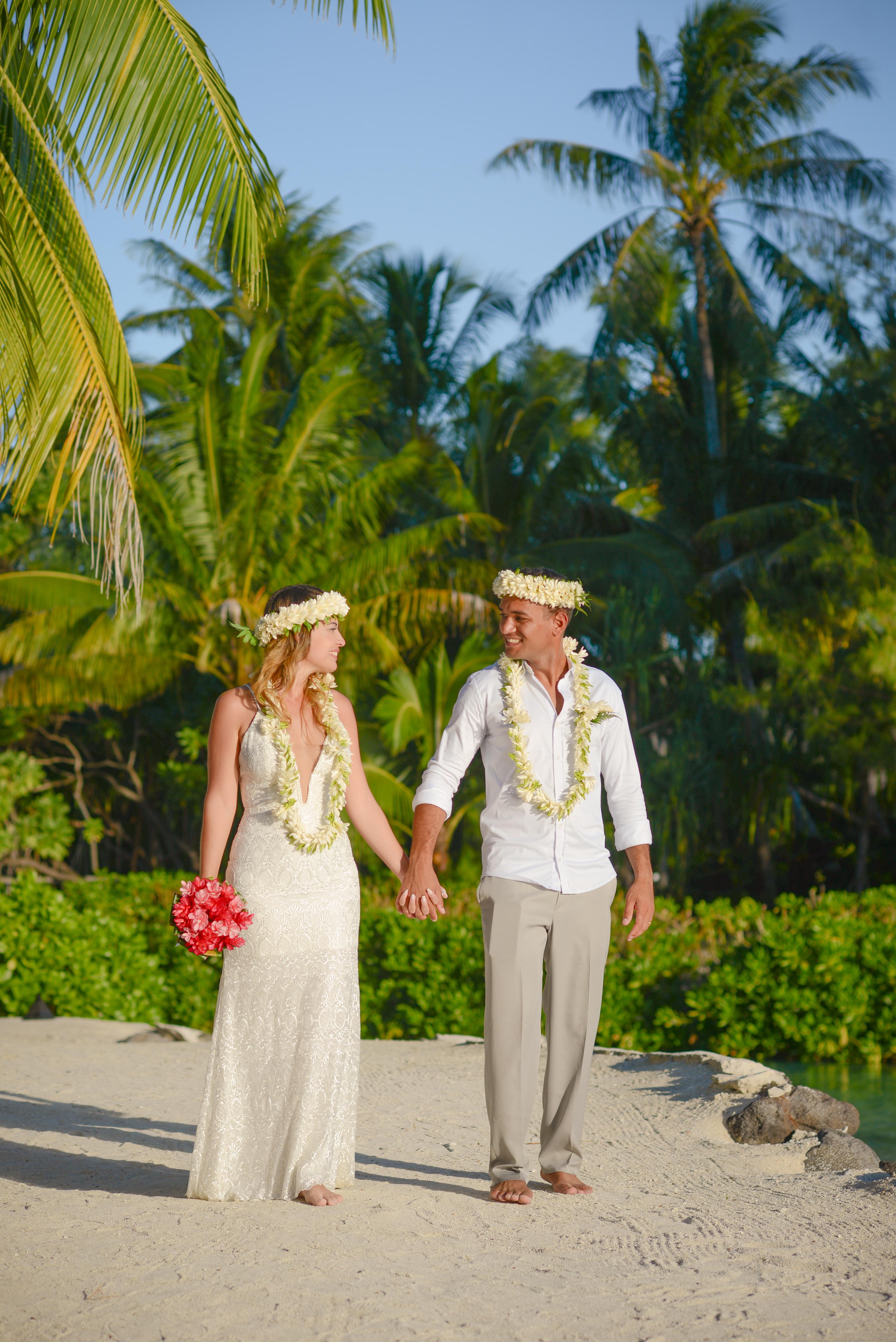 Lua de Mel Bora Bora - Cerimônia de Casamento Tradicional na Praia Intercontinental Bora Bora Thalasso - Pé na areia Bora Bora